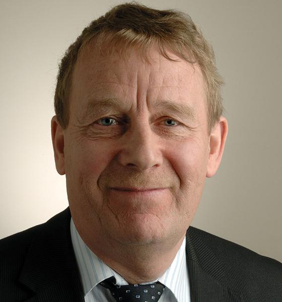 Dr Peter Farrell